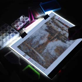 B4 Diamond Painting LED Light Pad Kit