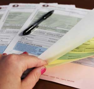 uses of carbonless paper
