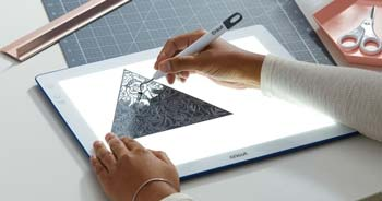 uses of cricut brightpad
